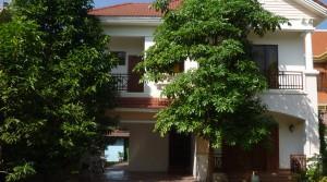 3 Bedroom Villa with Garden