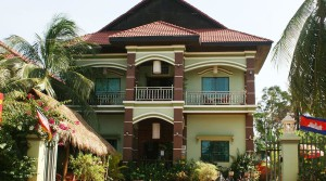 17 Bedroom Guesthouse for Sale